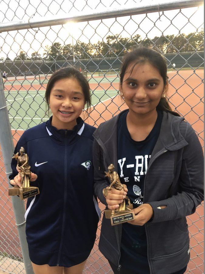 Varsity Tennis Competes at Northshore High School