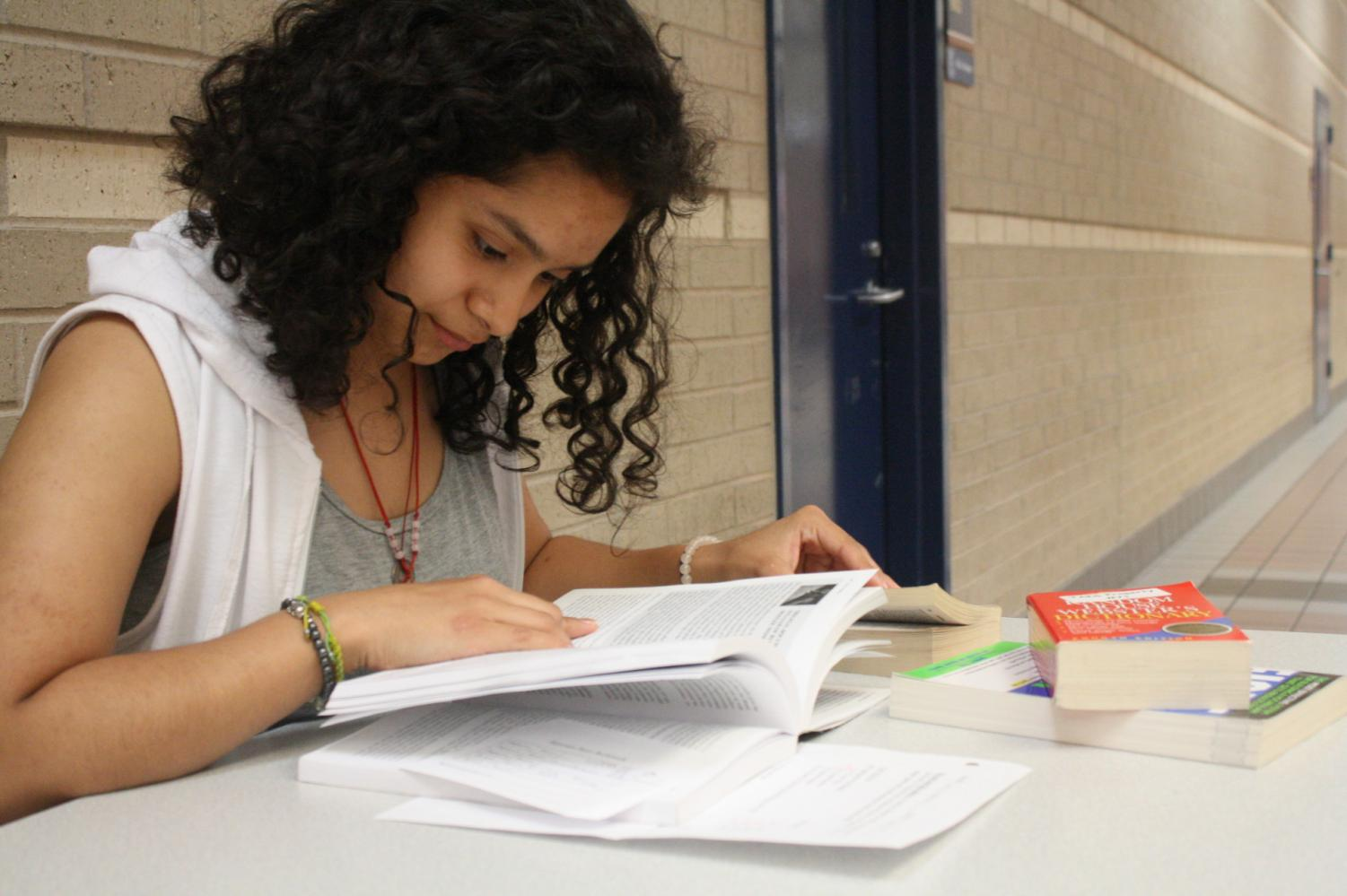 Junior Jimena Jimenez studies to get  good grades in her classes