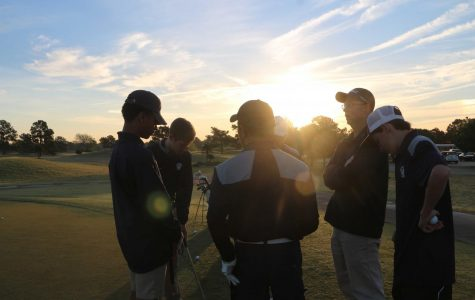 The men's golf team renewed their team with newcomer participants as well as juniors that remained, the team focused on skill and knowledge teaching the new members.