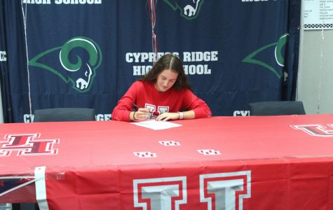 Soccer Signing to University of Houston